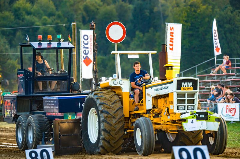 Tractor Pulling 2015-01688.jpg