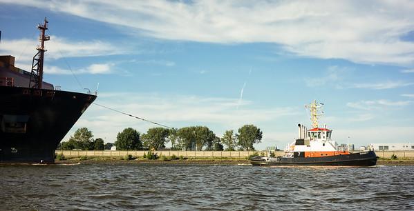 2014 07 11 Bugsier 7 Abgang Hamburger Hafen