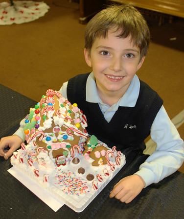 Gingerbread House, Community Arts Center, Tamaqua (11-29-2012)