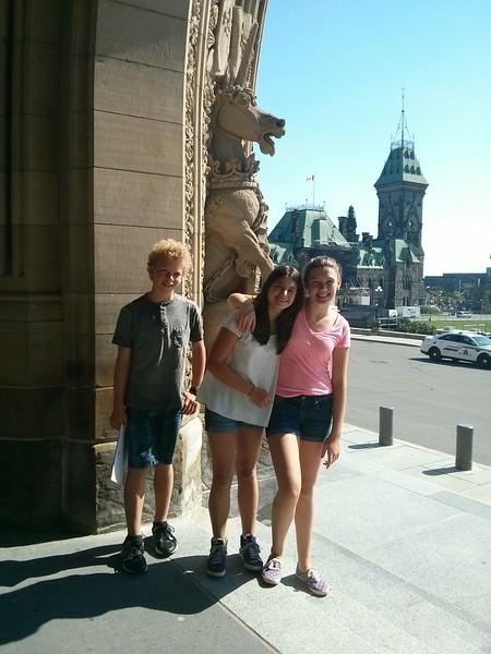 Gavin, Kate & French exchange student tour Ottawa