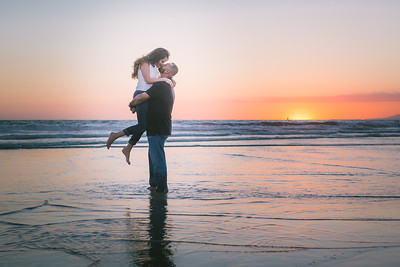 Gus + Gabby Venice Beach Engagement
