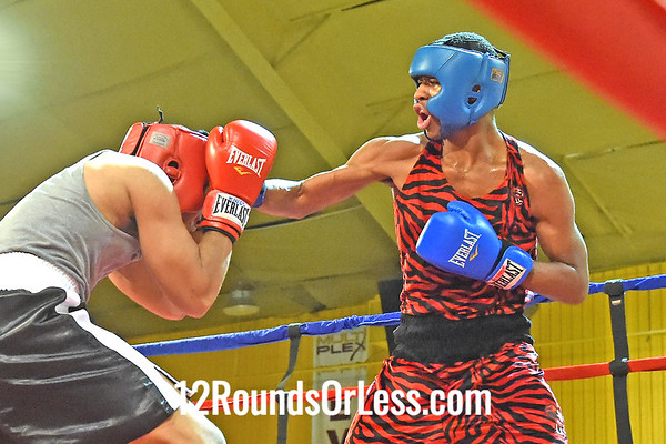 Bout 9 Roney Hines(Blue Gloves), Bob Davis BC -vs- Darion Peterson(Red Gloves), Strongstyle/ Old School, 200- lbs,Novice