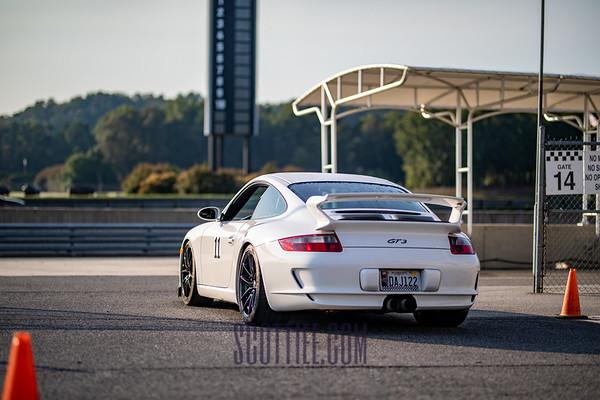 911 GT3 White #11