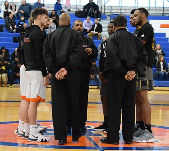 HS Sports - Dearborn High vs. Detroit King Boys Basketball Regional Final