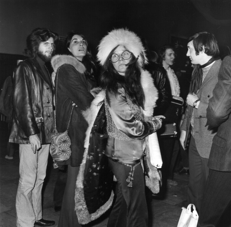 . American blues rock singer Janis Joplin (1943 - 1970), formerly vocalist with the group Big Brother And The Holding Company, now a successful act in her own right.   (Photo by George Stroud/Getty Images)