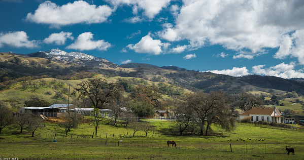 mount hamilton the morning after the snowfall