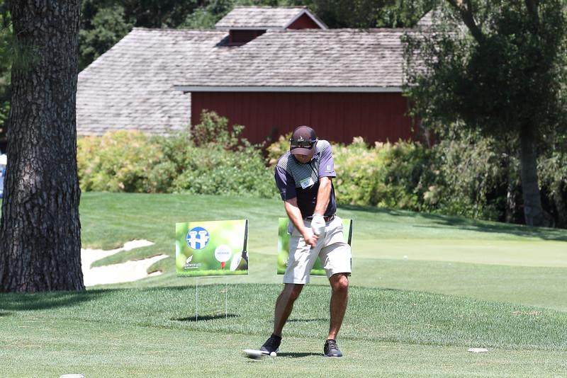 Momentum Golf Benefit-85.jpg