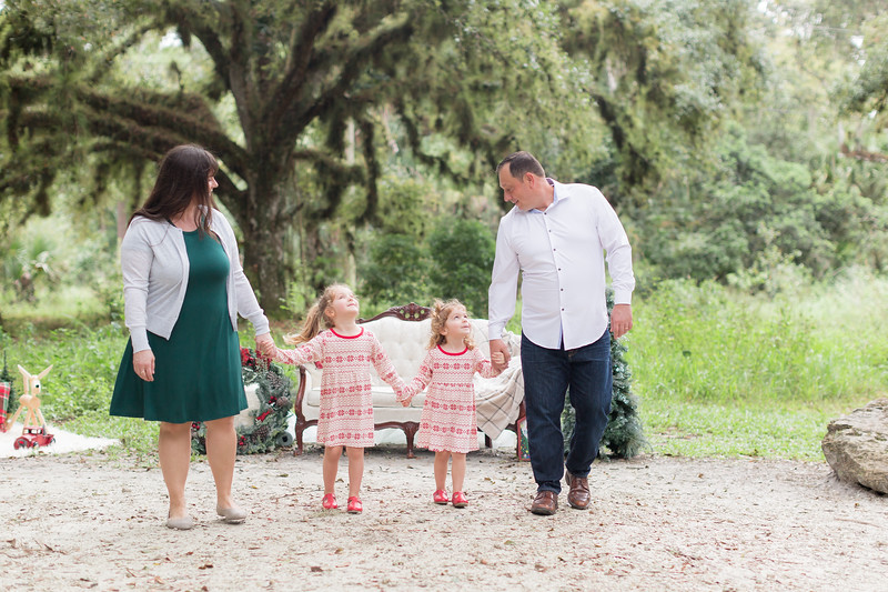 Holiday Minis- Bogie Family-15.jpg