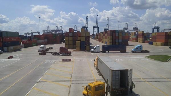 Port Construction April 2017
