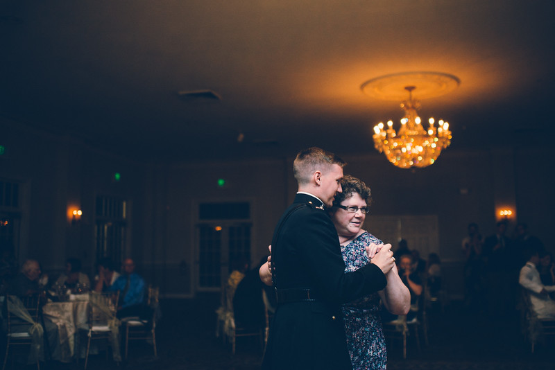Philadelphia Wedding Photographer - Bernreuther-658.jpg