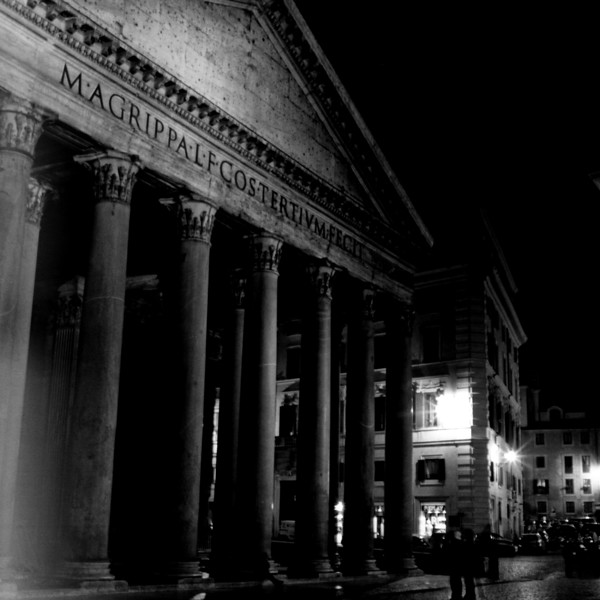 Pantheon in Rome  2:Italy beyond 70mm. Photographs taken on 80mm (Medium format film)