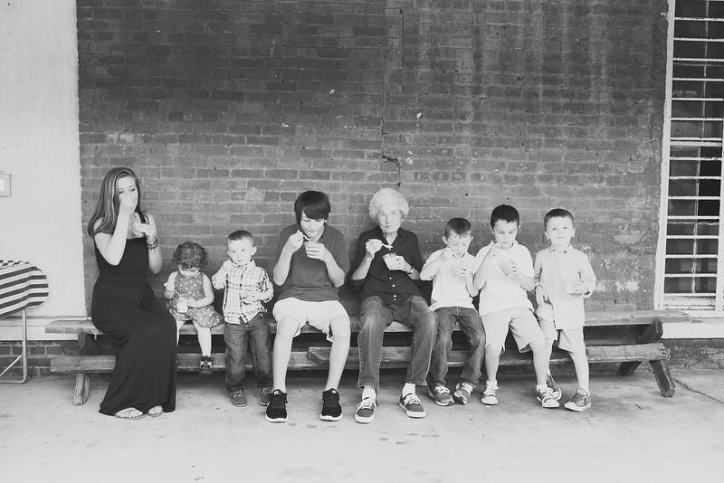 family-daniel-aug2016-0117-2.jpg