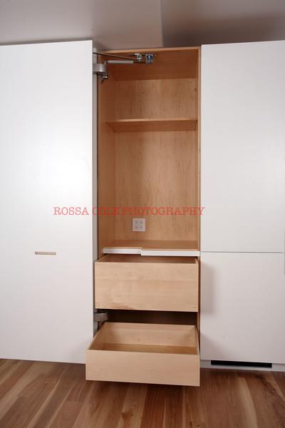29-Pantry open.jpg