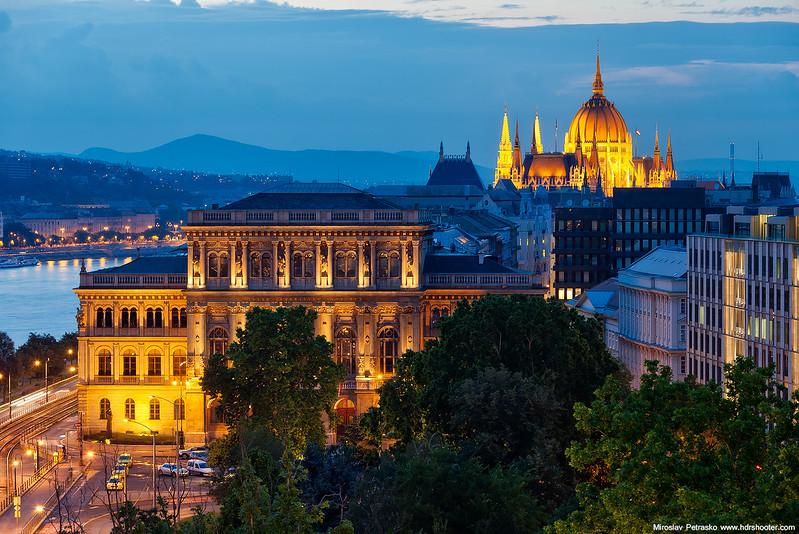 Budapest-IMG_4087-web.jpg