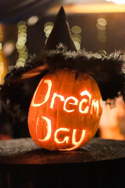 2015-10-20_MWN_HalloweenMixer_CharmaineMallari01.jpg