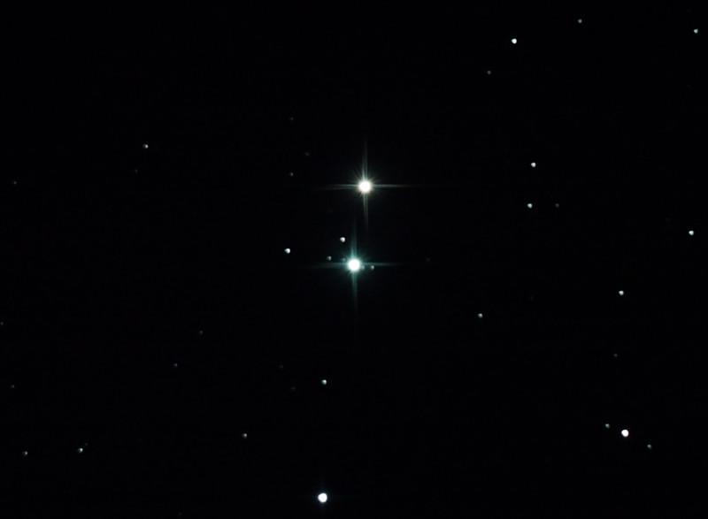 Uranus and 4 moons near 44 Piscium - 22/9/2012 (Processed cropped stack)