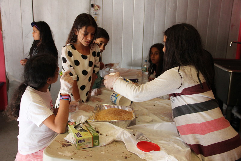 kars4kids_thezone_camp_girlsDivsion_activities_baking (86).JPG