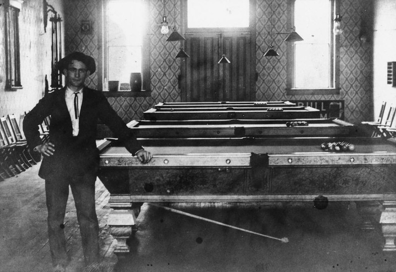 Anaheim-Chilie'sPlace-PoolHall-1907.jpg