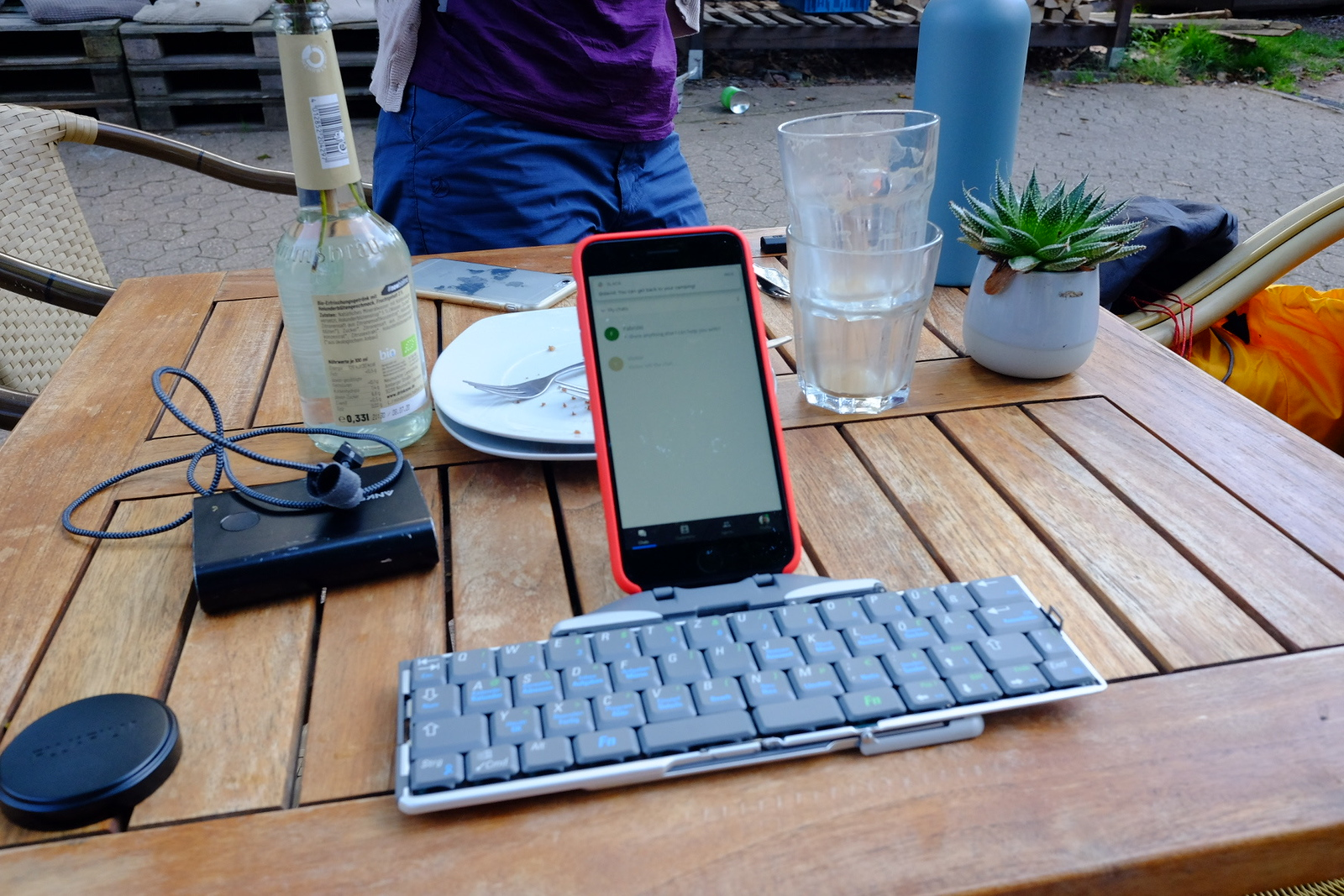 iPhone 7 Plus on the ThinkOutside Bluetooth Keyboard