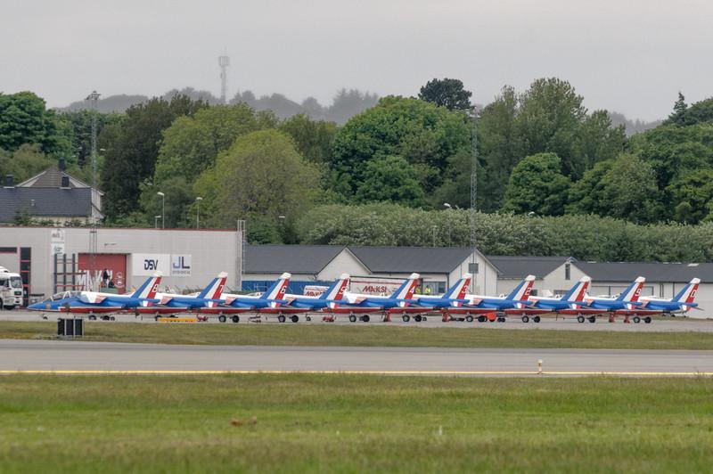 Eine französische Staffel mit 10 Alphajets. Diese Show war leider zu spät für uns.