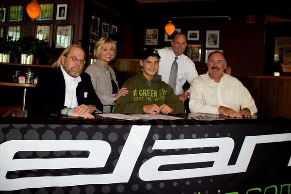 CHRIS SIGNS WITH ELAN SKIS! September 2009