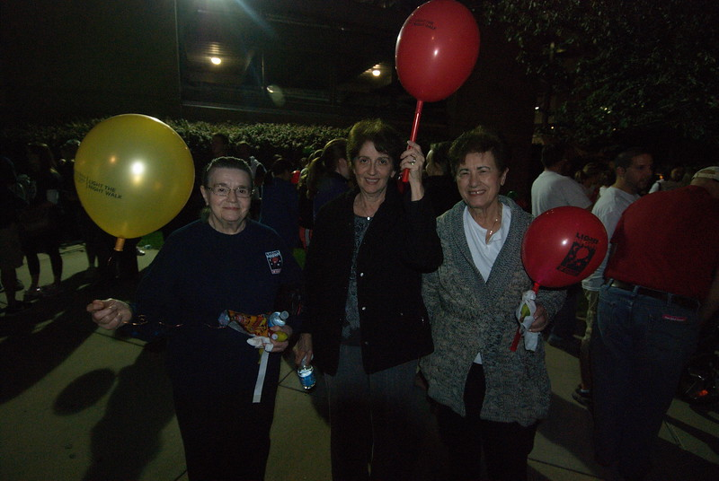 2012-10-04-Light-the-Night-Walk_008.jpg