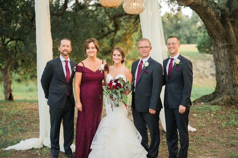 Alexa + Ro Family Portraits-41.jpg