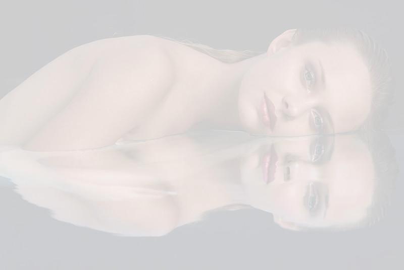 Creative-space-artists-hair-stylist-photo-agency-nyc-beauty-editorial-hair-alberto-luengo-UW 2863 copy.jpg