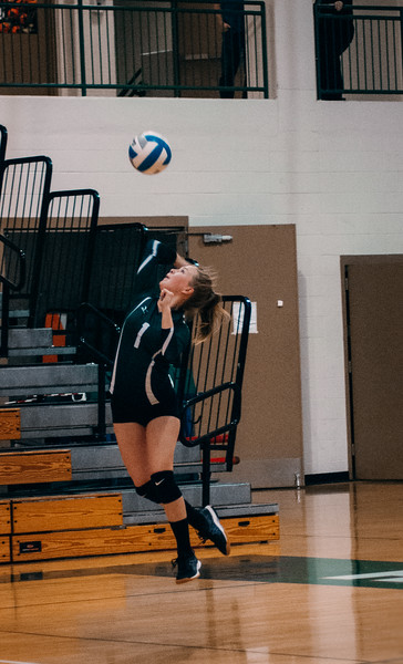 CNP_VOLLEYBALL_VS_ORONO-33.JPG