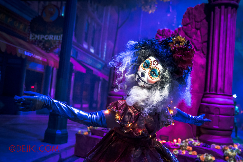 Halloween Horror Nights 6 Final Weekend - March of the Dead / Floating Dawn