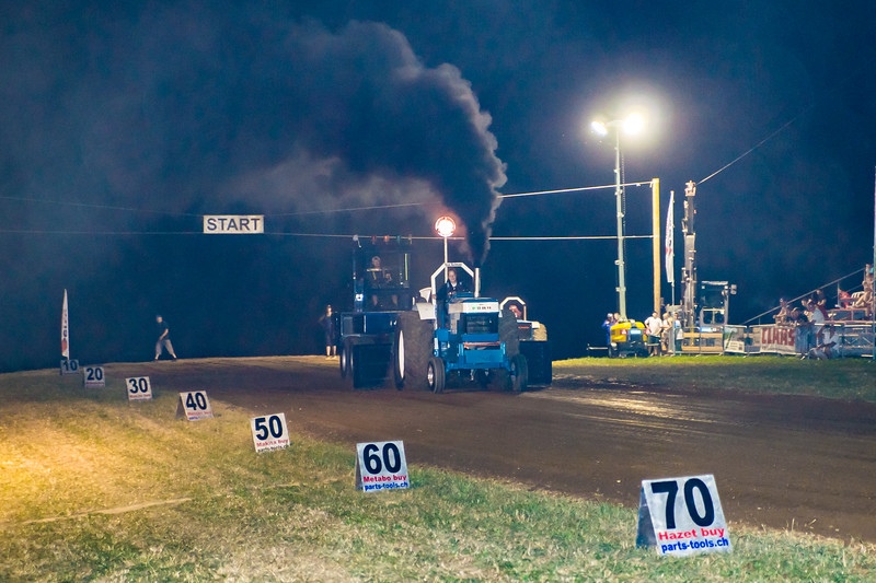 Tractor Pulling 2015-01811.jpg