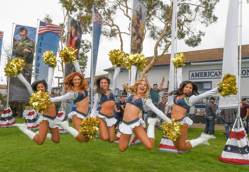 Cheerleaders-13.jpg