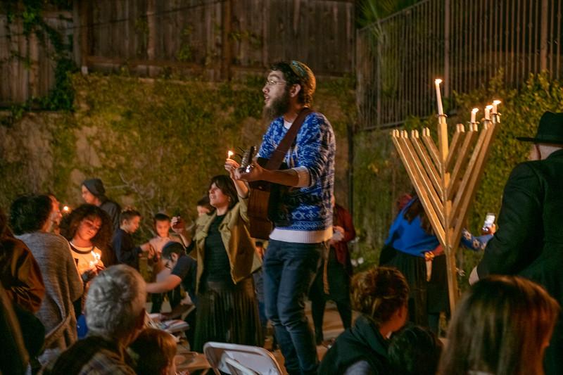 Brentwood Chabad -Chanukah873.jpg