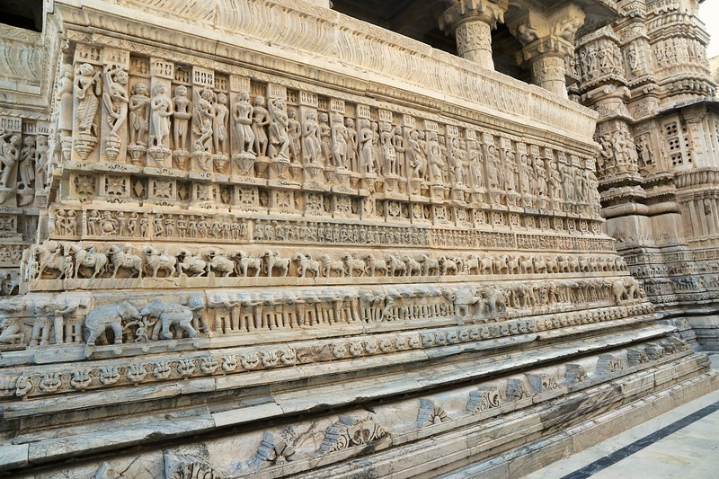 Carvings at Jagdish Temple - Udaipur