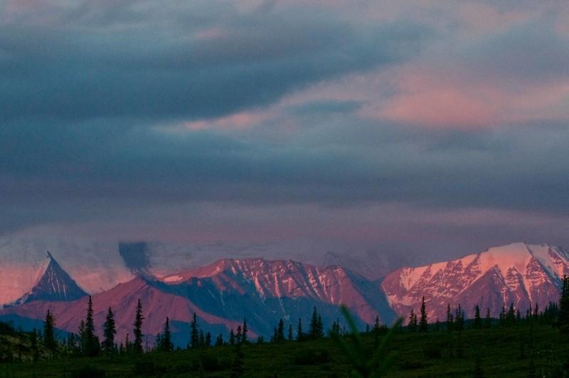 Alaska Range at Dawn.jpg