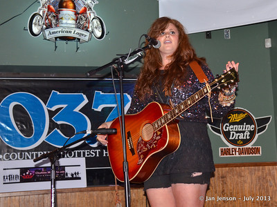 2013 CMA Women in Country Showcase