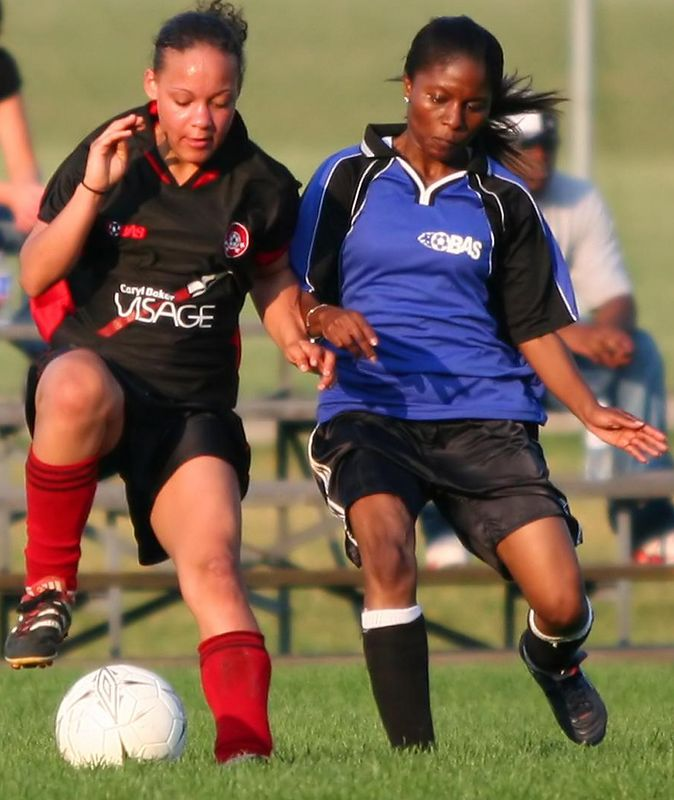UNITED BLACK DEVILS vs. BLUE BOMBSHELLS - Jessica Fletcher(l), Pauline Young(r)