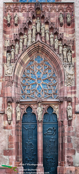 North Portal, Dom Sankt Bartholomäus  Saint Bartholomeus's Cathedral