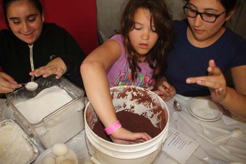kars4kids_thezone_camp_GirlDivsion_workshops_CulinaryArts (52).JPG