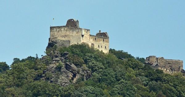 Wachau Valley to Durnstein Austria