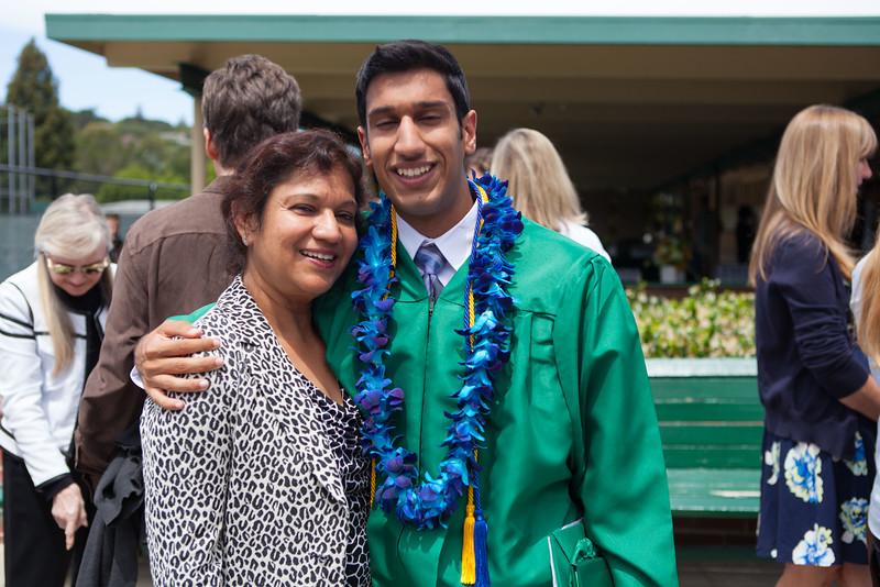 Vishal_Graduation_035.jpg