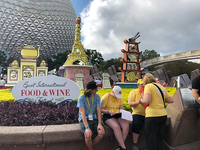 2018-WDW-f-candids