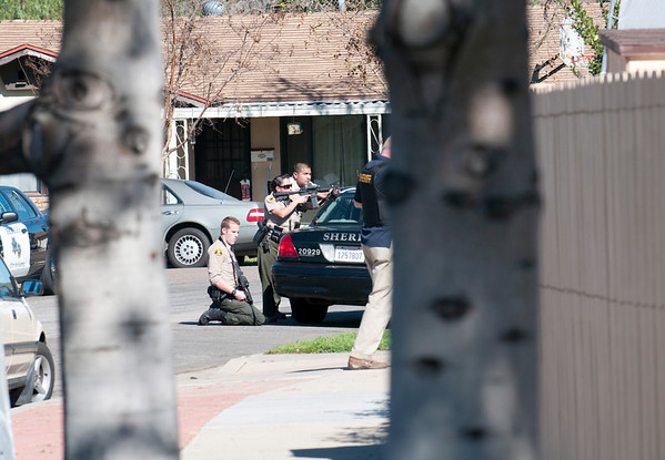 Santee Sheriff Deputies Surround House
