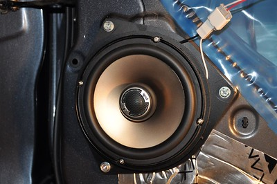2009 Toyota Tundra Double Cab SR5 Rear Door Speaker Installation -USA