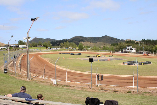 Huntly speedway 1 januari 2020 by Pewi Lange Frans en Magda