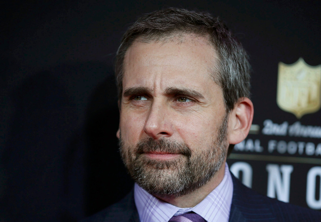 . Actor Steve Carell arrives at the 2nd Annual NFL Honors in New Orleans, Louisiana, February 2, 2013. The San Francisco 49ers will meet the Baltimore Ravens in the NFL Super Bowl XLVII football game February 3.   REUTERS/Lucy Nicholson