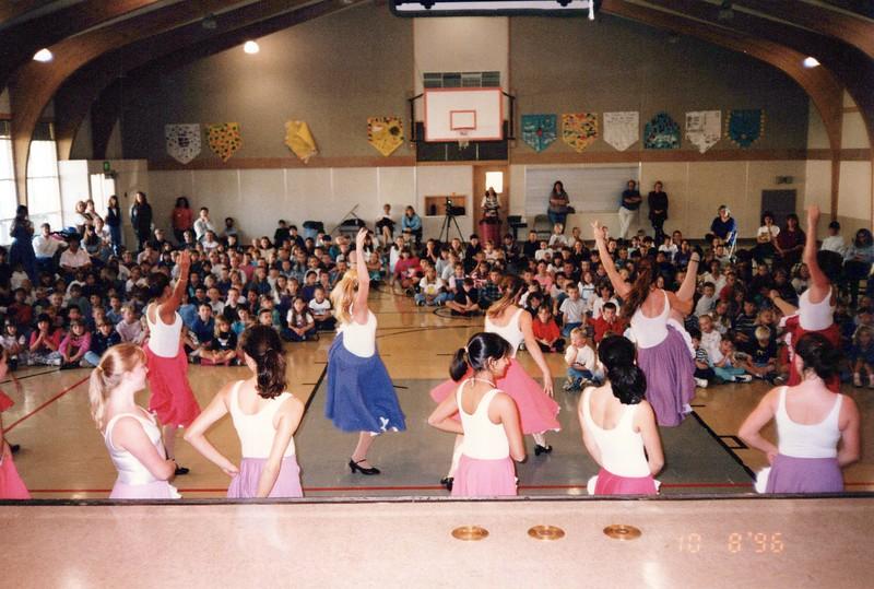 Dance_0888_a.jpg
