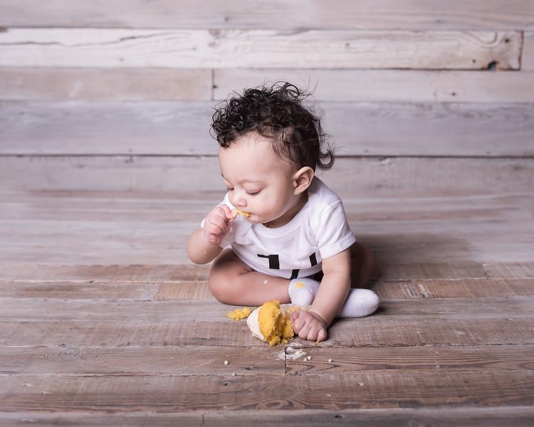 Lennox is 6 months 011.jpg