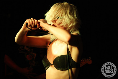 Amyl and the Sniffers @ Globe Alley, Melbourne 31-Dec-2019
