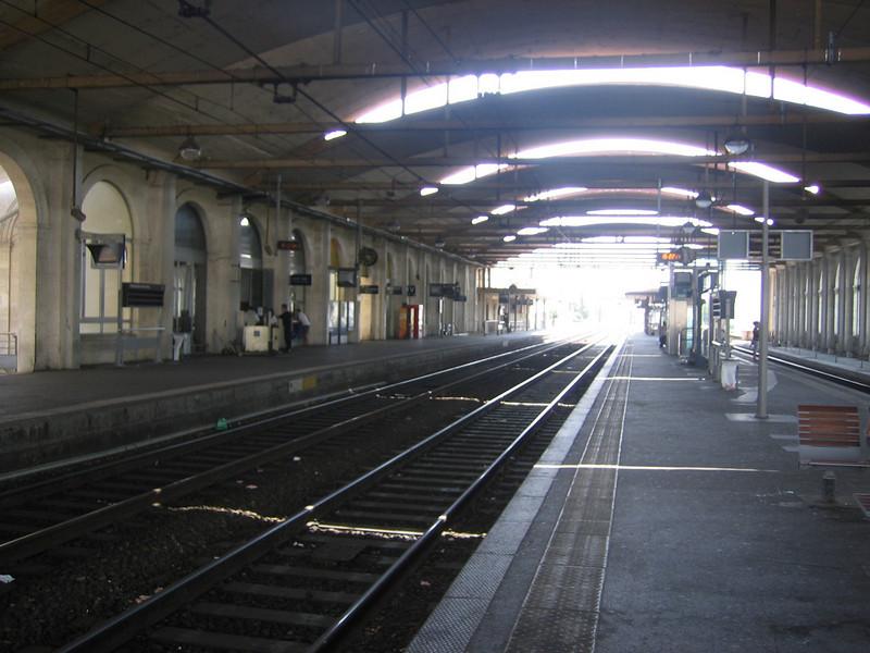Nimes train station